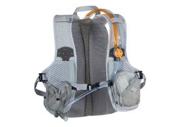 Le sac de trail Nathan Synergie, avec double poche liquide