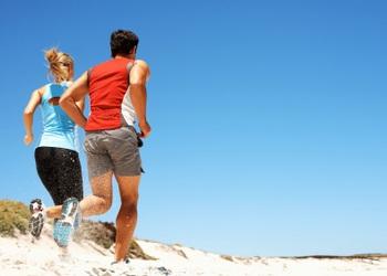 Profitez des vacances pour courir sur le sable, c'est très bon !